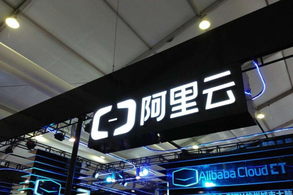 """中国公司超越谷歌,用四项""""第一""""打破纪录,终于站起来了!"""
