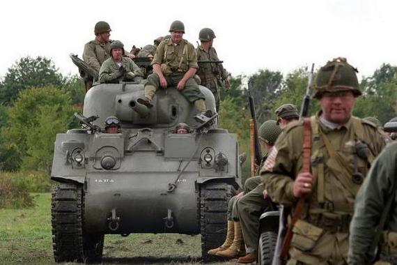 二战时期,德军装甲步兵战术和美军有何不同?
