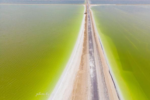 中国最大的盐湖就藏在青海,名气不敌茶卡盐湖,面积是茶卡的56倍