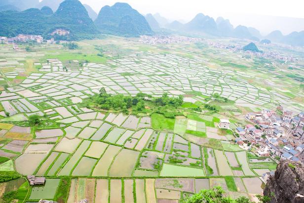 桂林周边藏着一个小众且绝美的景点,未被开发,完全免费对外开放