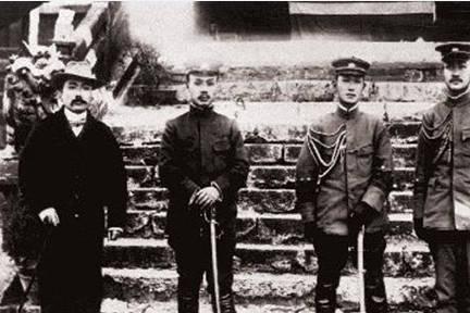 蔡锷将军曾是朱老总导师,去世后留下6个子女,后来命运如何?