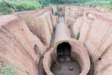 """古代皇帝修建陵墓,为什么都怕挖见""""石母"""""""