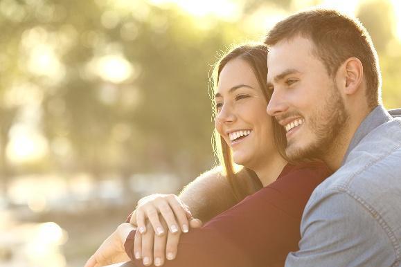 婚姻幸福的男人从不跟妻子讲道理,他们只是做好了这件事:疼老婆