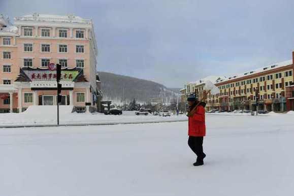 亲历中蒙边界-30℃小城:一年8个月供暖 4点天黑,像空城!