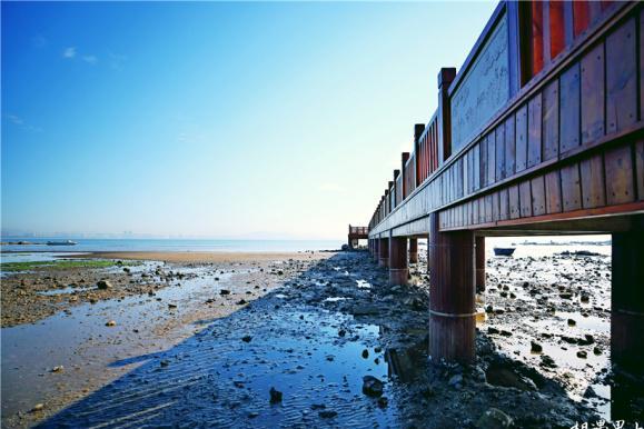 如今东亚避暑地之冠北戴河,沙滩比基尼满足你对海岛的一切幻想