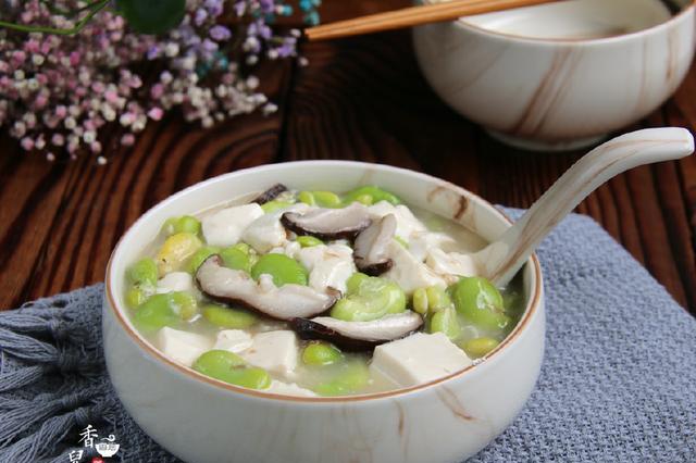 蚕豆瓣和它一起烧,简单易做,入味鲜美,像盖浇饭那样吃最好