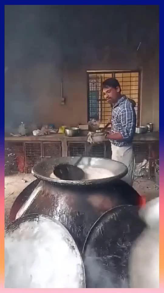 印度奇葩大厨熬浓汤,把榴莲做提炼成汁,想想这味道就上头!