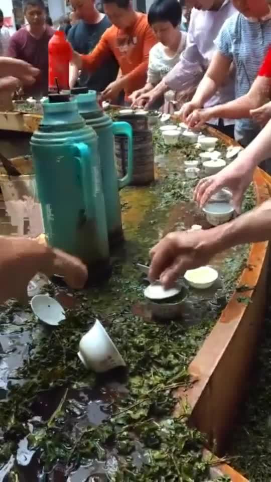 传承了百年的茶场,都是先品后买,绝对的童叟无欺!3079