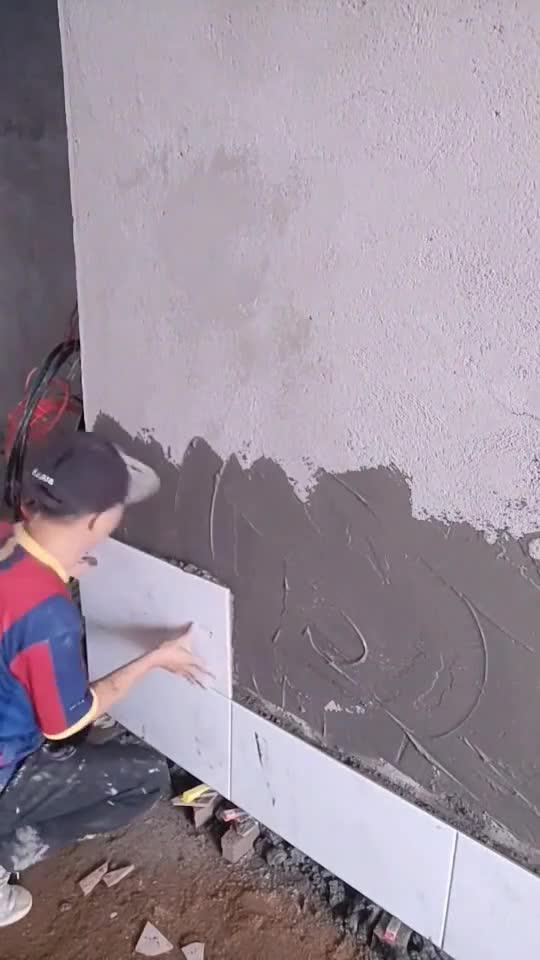 工地工人贴瓷砖,一看就是个老师傅,这手艺住着也放心!62