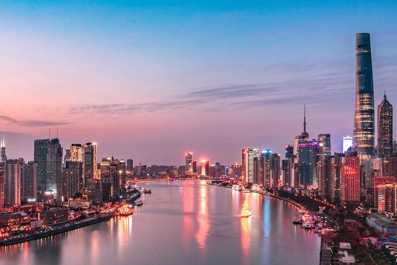 什么叫世界级一线城市?来看看中国上海的夜景