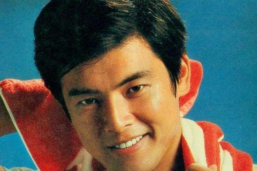 """山口百惠21岁时为他退出艺坛,揭秘三浦友和""""超高颜值"""""""