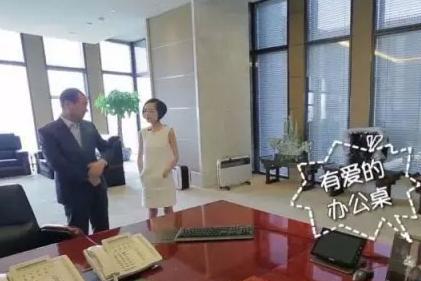 王健林节目晒出自己的办公室,面积有200平米,比普通人家里还大