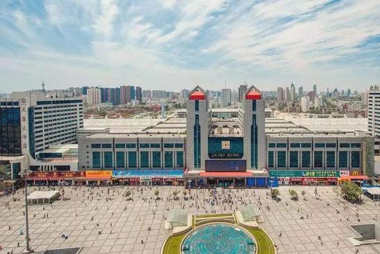 中国最厉害的火车站,能直接全国所有省会,你猜是哪两个?