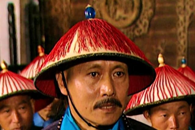 """雍正王朝:任伯安有多少钱,敢叫板四爷?斜杠青年有""""睡后收入"""""""