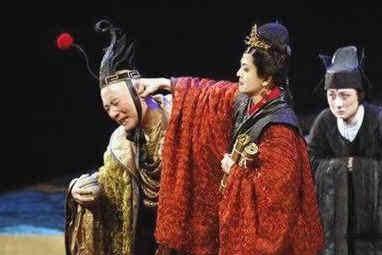 历史上最凶悍的皇后,皇帝畏之如虎,活生生吓出了精神病