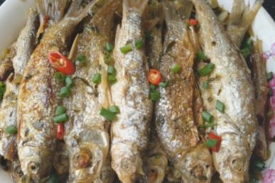酸菜加1斤鱼,这样做好吃又下饭,上桌就吃光光,一周吃5次也不腻