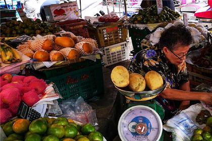 """到曼谷享有""""皇家御厨""""盛名的蓝象餐厅,跟米其林大厨学做泰国菜"""