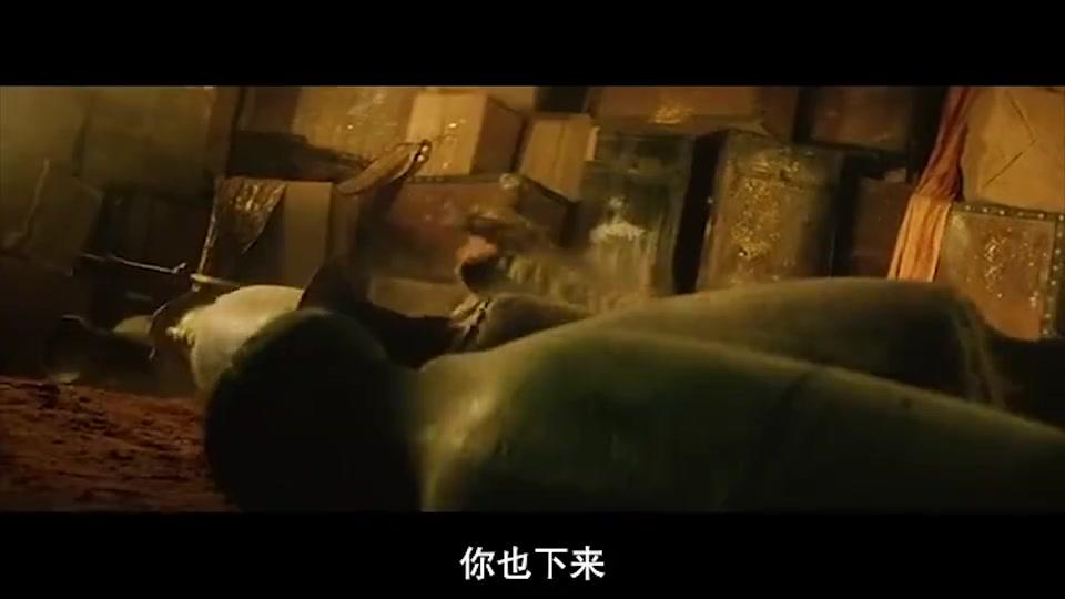 赵文卓拿钻石项链当拳套,裹住拳头打海盗王,两拳就给他打懵了