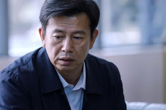 重生:路铭嘉邱冬阳联手,胡一彪真实意图曝光,冯潇为帮秦驰受伤