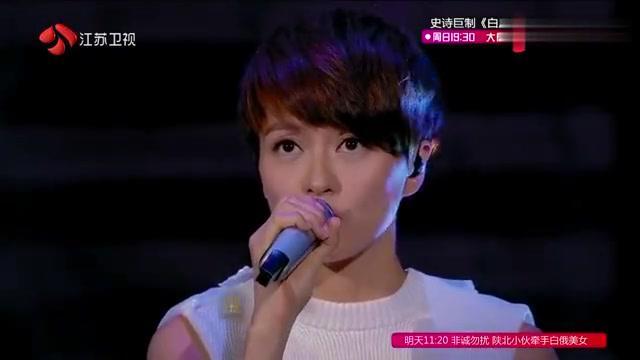 梁咏琪金志文演唱《沉迷》,最萌身高差,看着特别可爱