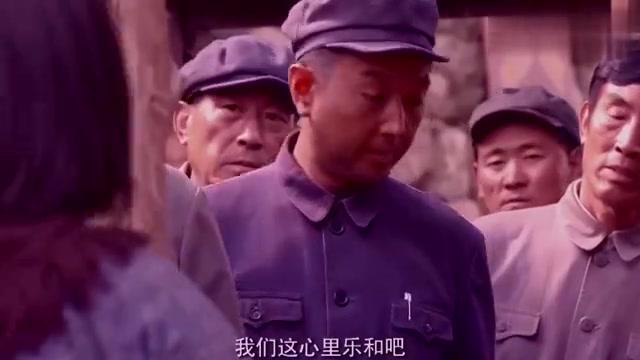 老农民:吃着加有地瓜叶的饼子,领导沉默,不知是村民最好的口粮