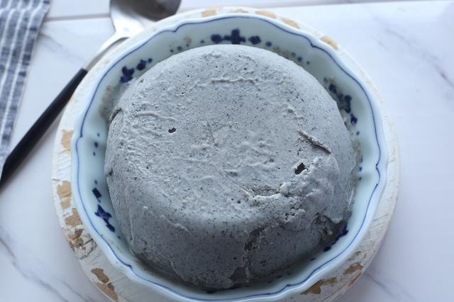 不用淡奶油不用糖,做出低脂冰淇淋,顺滑细腻,敞开吃也不怕胖