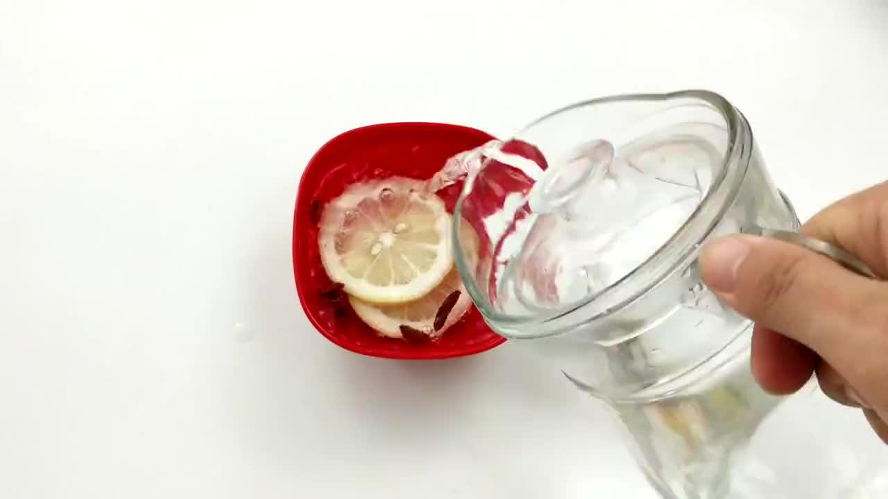 柠檬和它一起喝,每天喝一杯,轻松甩掉大肚腩