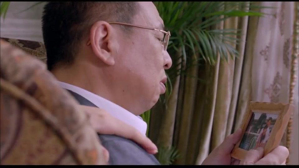 许绍雄和女儿之间的小秘密,让人看了真是太温馨
