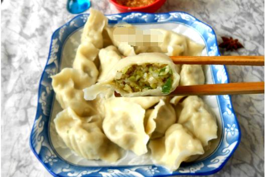 素馅饺子,老妈的小妙招真棒,每次吃不少