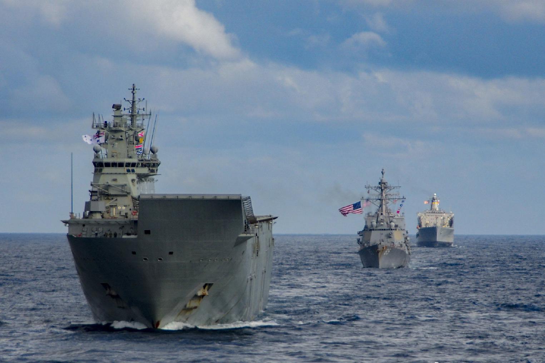 真当我们是病猫?澳大利亚准航母跟美军在太平洋狐假虎威,小心了