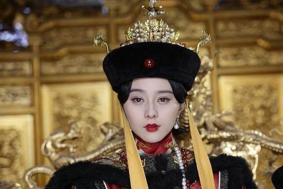 溥仪退位后,民国政府给了大清皇室这8款优待条件,堪比小朝廷!