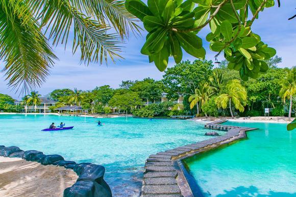 """菲律宾最受游客喜爱的海岛,宿雾岛,风光绝美堪称""""度假伊甸园"""""""