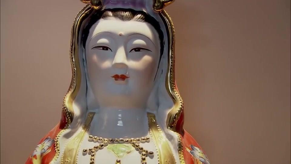吃斋念佛的女慈善家竟是人贩,曾贩卖过近百名儿童!