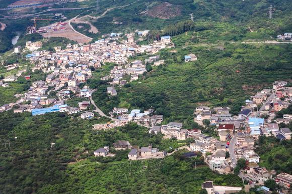 贵州小众旅行地,奇山秀峰纳雍县,探险避暑好去处,绝对鲜为人知