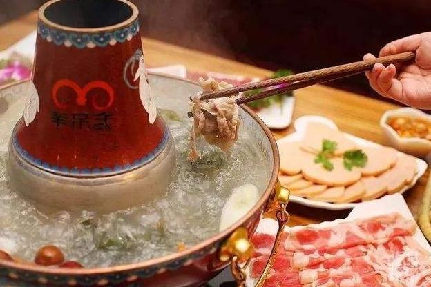 """吃火锅买羊肉卷要注意了,""""这3种""""是人工合成的,再便宜也别买"""