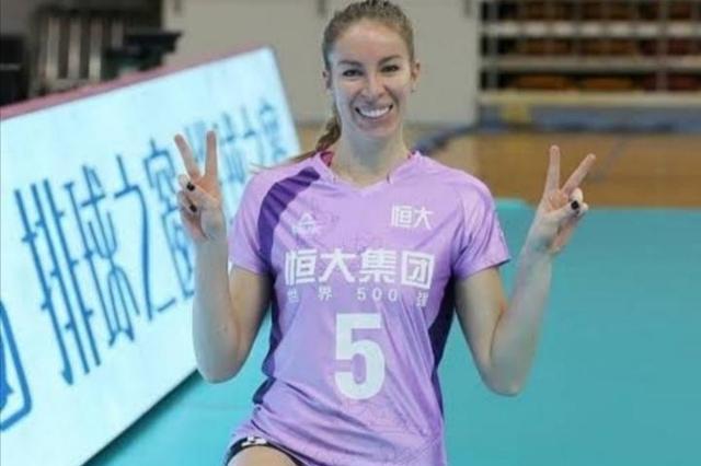 拉巴德捷耶娃自己官宣明年回到广东,称喜欢广州,仰慕朱婷!