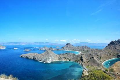 亚洲一国堪称度假天堂,有1.7万个岛700种语言,华人全球最多