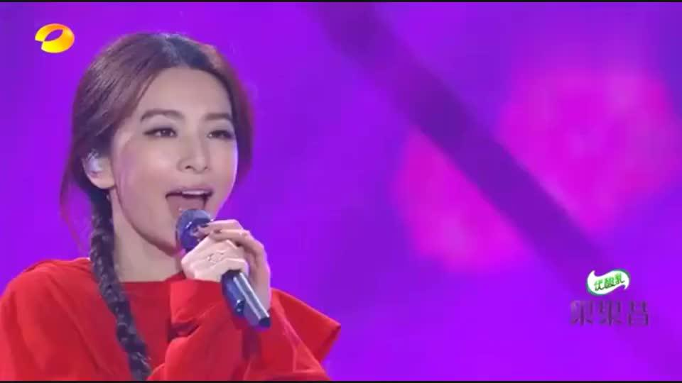田馥甄献唱《小幸运》,一秒带入青春爱情回忆太好听!