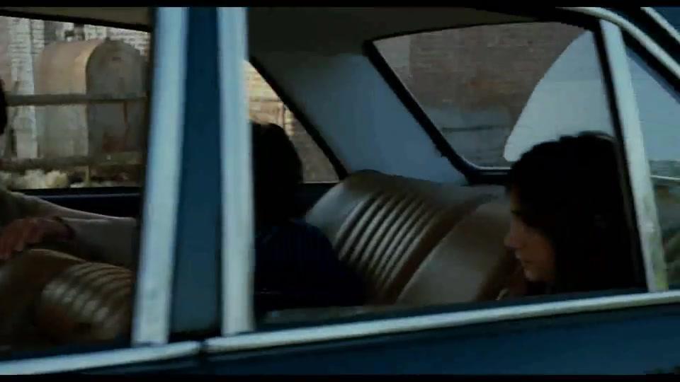 头号公敌:梅林藏在后备箱里潜逃,怎料遇到警察挨个车查
