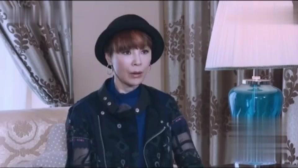 徐锦江将患有帕金森母亲带在身边进组拍戏早晚问候
