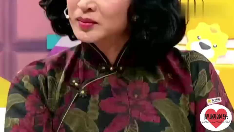 金星与杨丽萍的纠葛,力挺杨丽萍生育风波,直言劝人生孩子有毛病