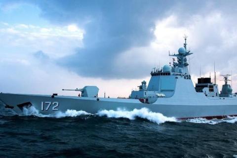 052D驱逐舰垂发单元数量少?世界同级别战舰中,它火力最凶猛的