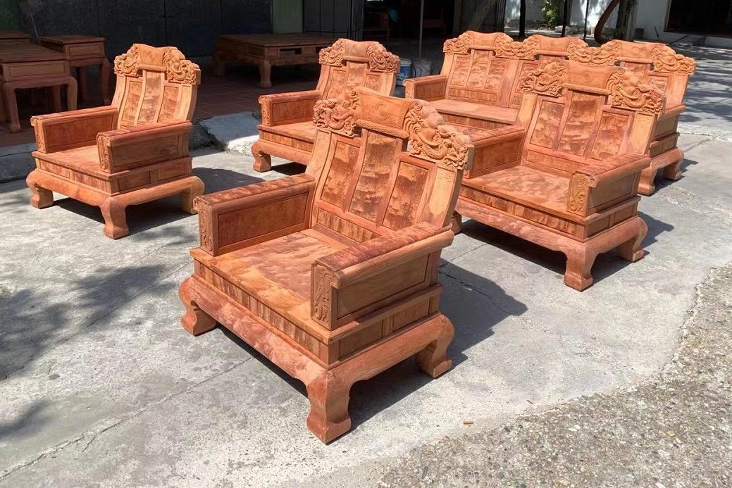价值五万左右的缅甸花梨(大果紫檀)沙发,感觉如何?
