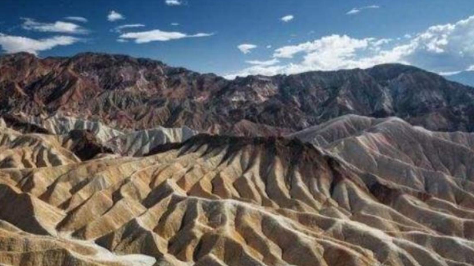 美国某峡谷出现凄切哭声,岩石可自行走动,死亡谷真的存在吗?