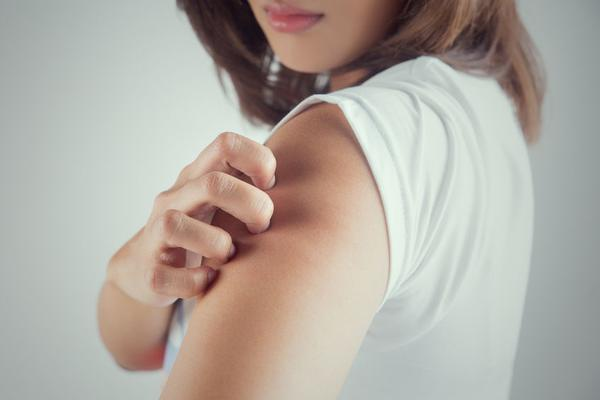 患有湿疹后,饮食要忌口!这5类食物应避免食用,否则会加重病情