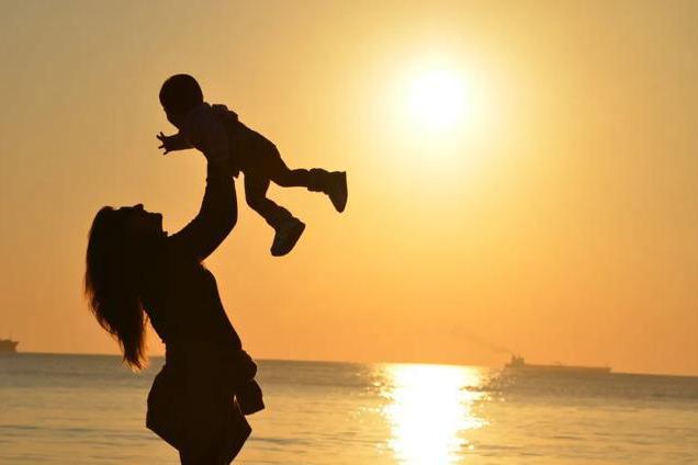 铭科教育退费:有多少父母,都活成了孩子人生的遥控器?