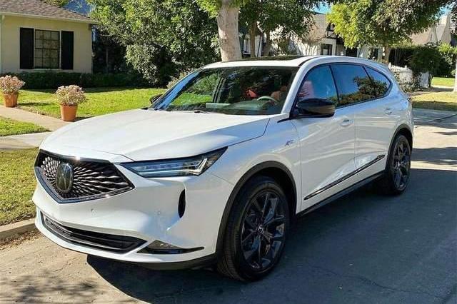 颜值不输宝马X5,6缸动力+10AT,新款讴歌MDX实车真霸气!