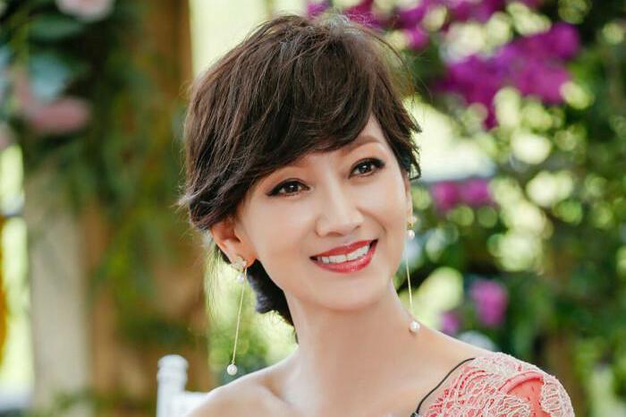 不老女神赵雅芝,50岁素颜竟然是这样?网友:简直不敢相信