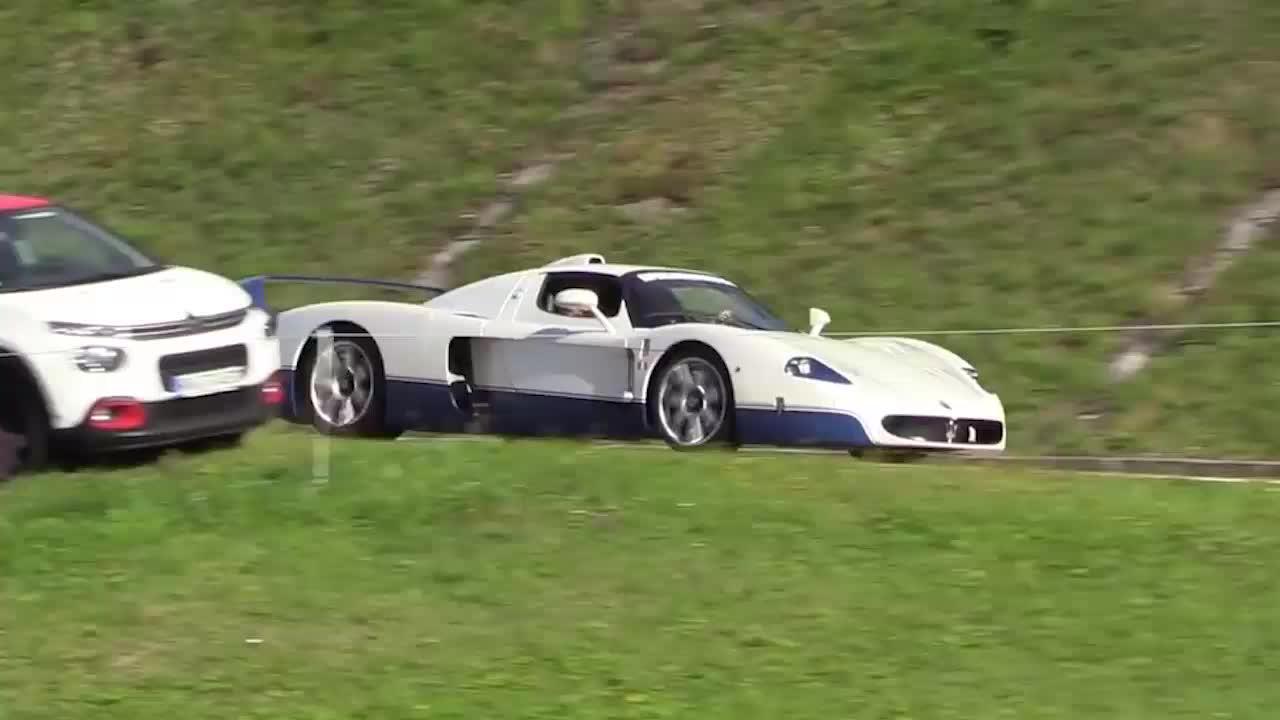 瑞士阿尔卑斯山上的超级跑车,该来的大咖都来了