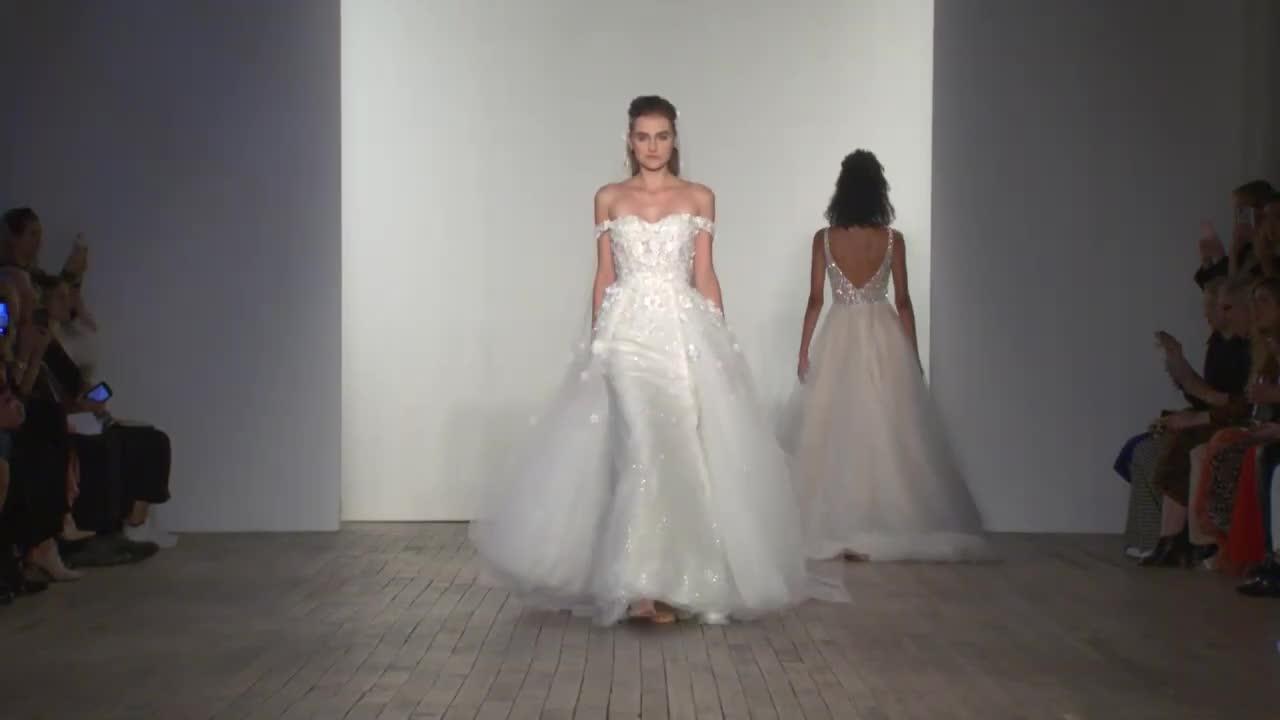 露西娅·艾利森韦伯2020秋季纽约婚纱时装周
